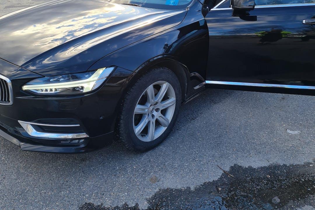 Volvo V90n halpa vuokraus GPSn kanssa lähellä 05830 Hyvinkää.