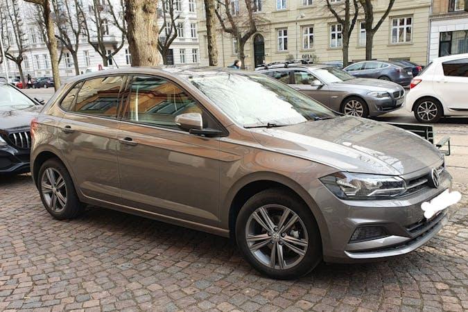 Billig billeje af Volkswagen Polo med GPS nær  Frederiksberg.