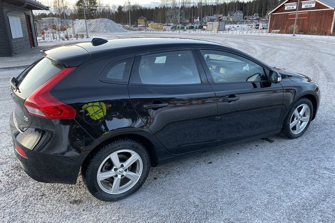 Billig biluthyrning av Volvo V40 i närheten av 556 14 Ljungarum.