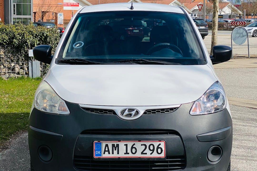 Billig billeje af Hyundai i10 nær 2670 Greve.