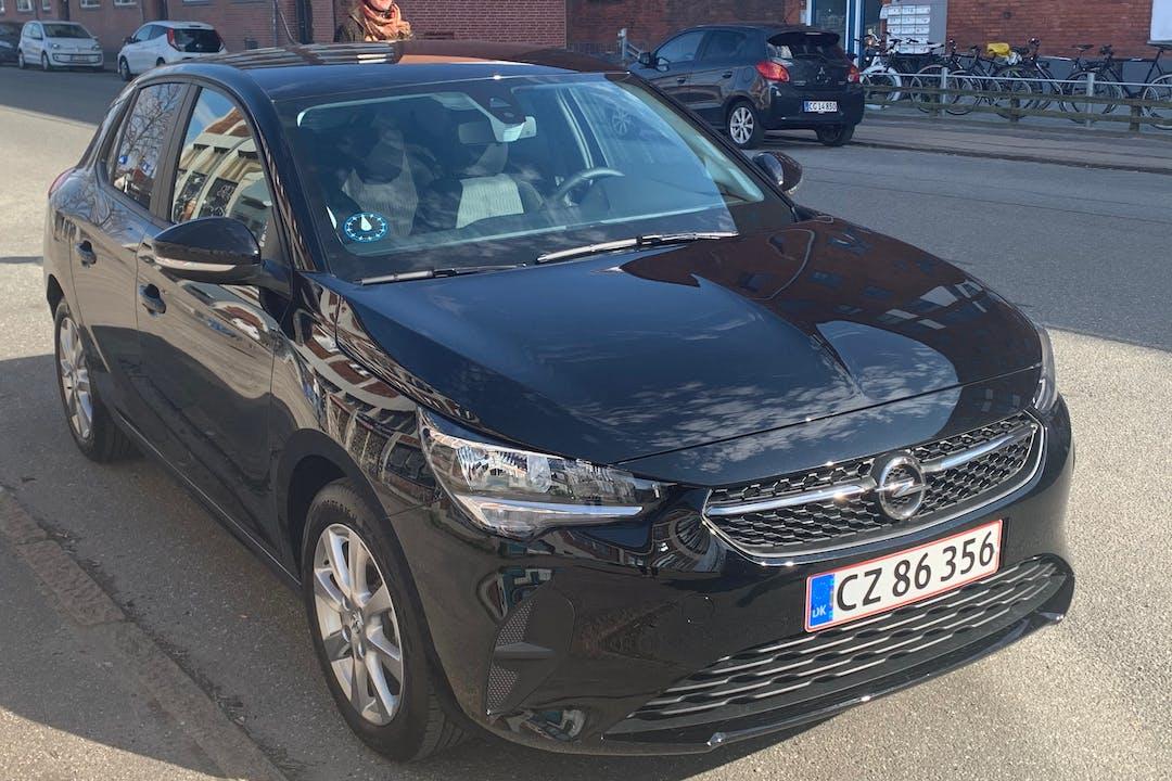 Billig billeje af Opel Corsa med Isofix beslag nær 2500 København.