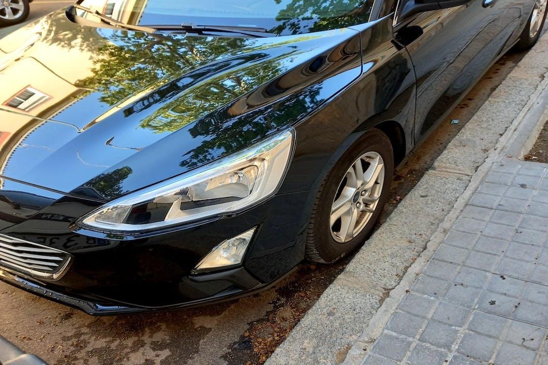 Alquiler barato de Ford Focus con equipamiento GPS cerca de 08031 Barcelona.