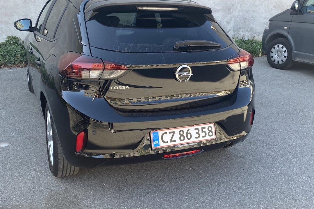 Billig billeje af Opel Corsa med Bluetooth nær 2400 København.
