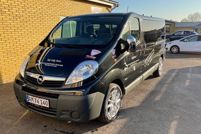 Billig billeje af Opel VIVARO nær 5560 Aarup.