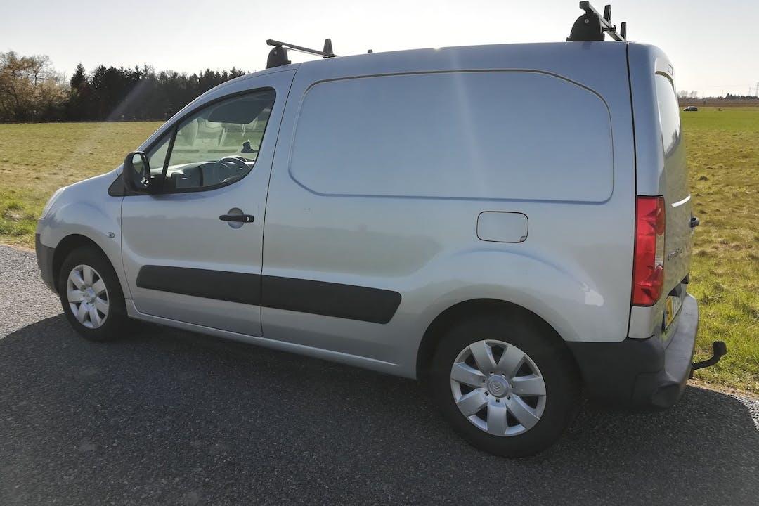 Billig billeje af Citroën Berlingo nær 2730 Herlev.
