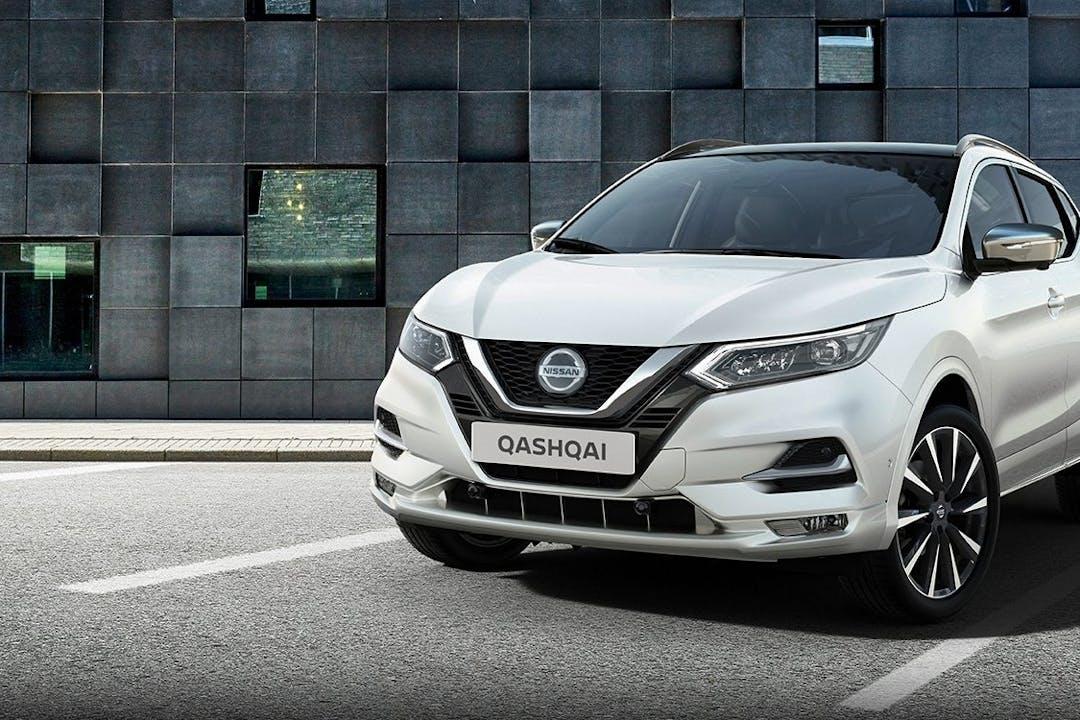 Billig billeje af Nissan Qashqai med GPS nær  Frederiksberg.