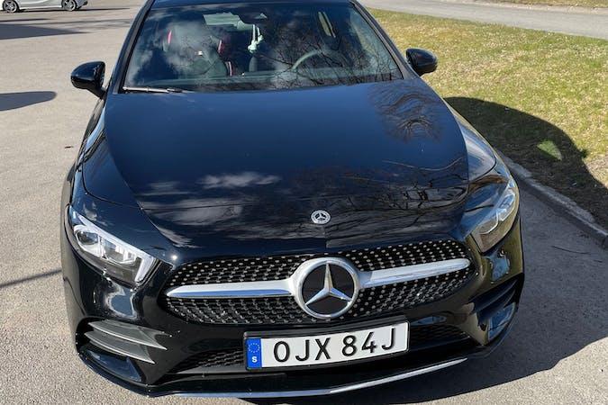 Billig biluthyrning av Mercedes A-Class med Isofix i närheten av  Ekhagen.