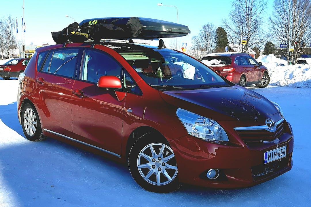 Toyota Verson lalpa vuokraus lähellä 90550 Oulu.