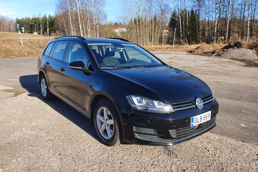 Volkswagen Golfn halpa vuokraus GPSn kanssa lähellä 00720 Helsinki.