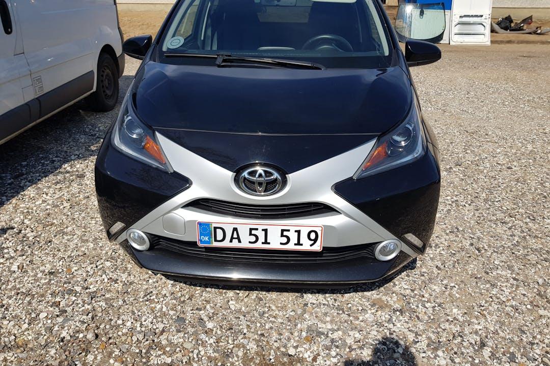 Billig billeje af Toyota AYGO nær 8660 Skanderborg.