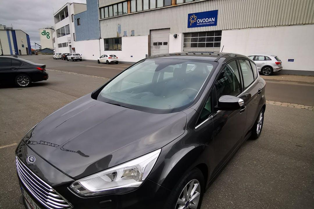 Billig billeje af Ford C-Max nær 5000 Odense.