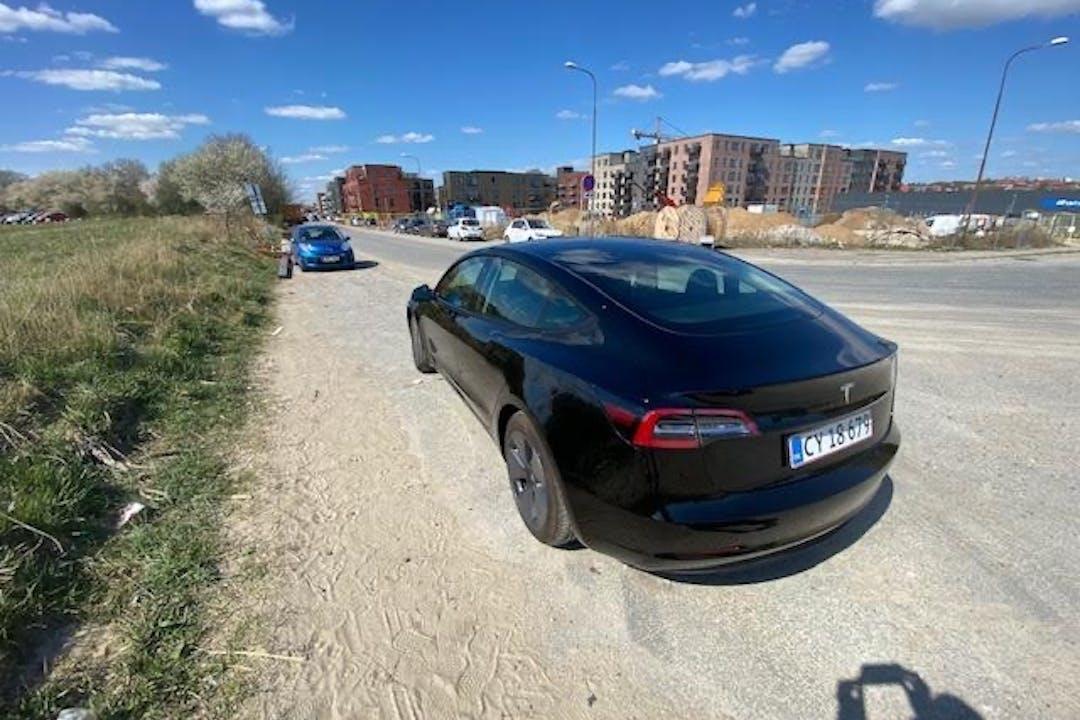 Billig billeje af Tesla Model 3 nær 8230 Aarhus.