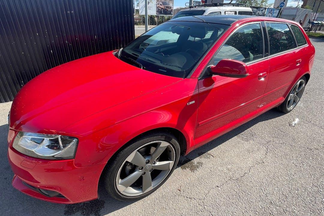 Alquiler barato de Audi A3 Sportback cerca de 08030 Barcelona.