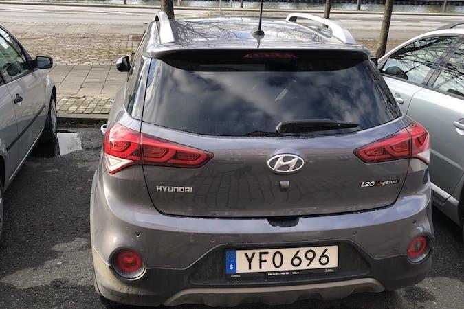 Billig biluthyrning av Hyundai i20 i närheten av 211 25 .