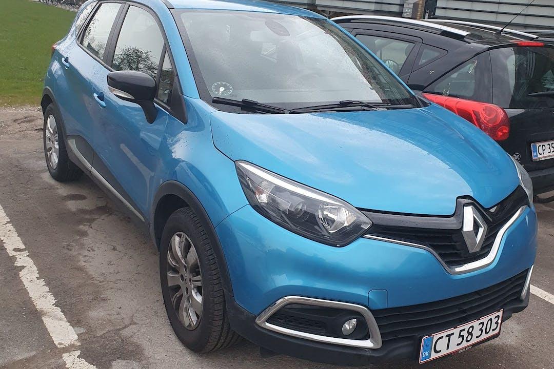 Billig billeje af Renault Captur med GPS nær 2770 Kastrup.