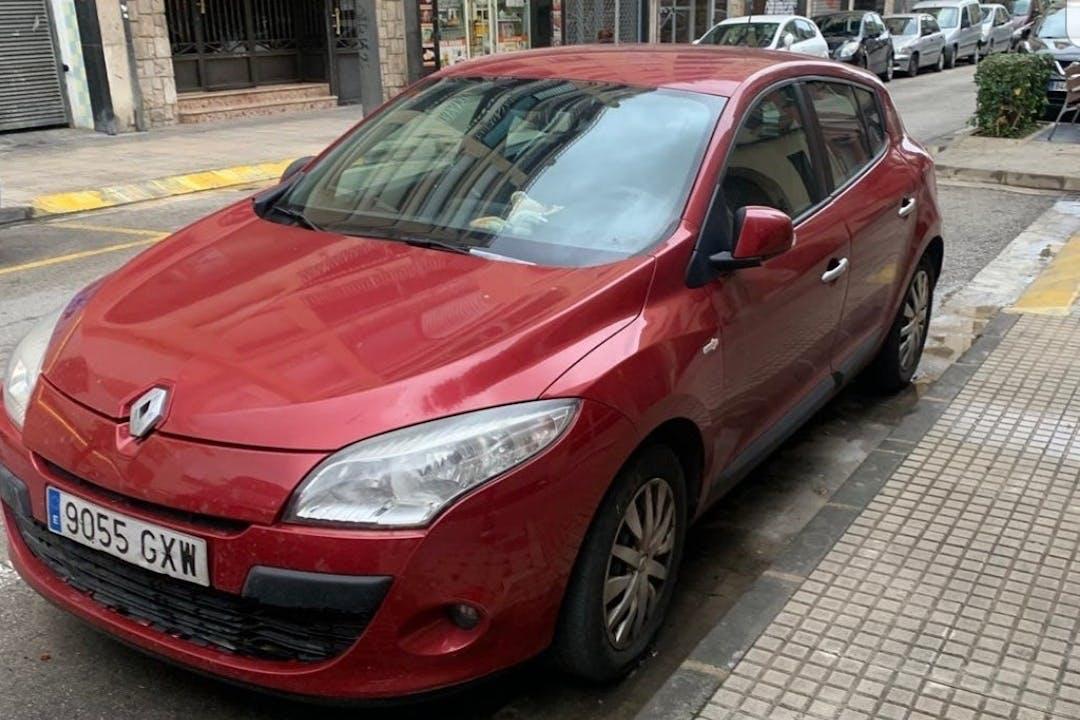 Alquiler barato de Renault Megane cerca de 46013 València.