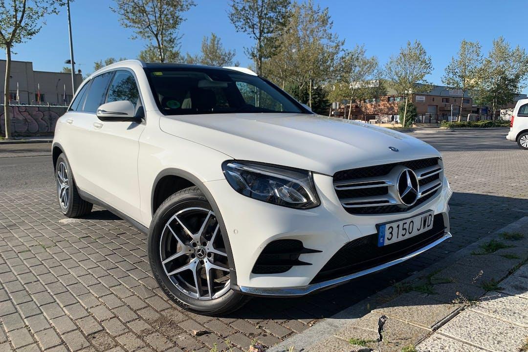 Alquiler barato de Mercedes GLC cerca de 28400 Collado Villalba.