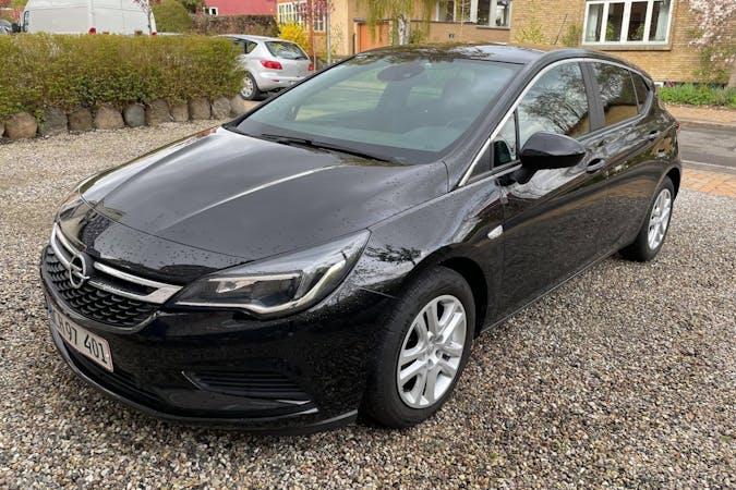 Billig billeje af Opel Astra med GPS nær 5000 Odense.