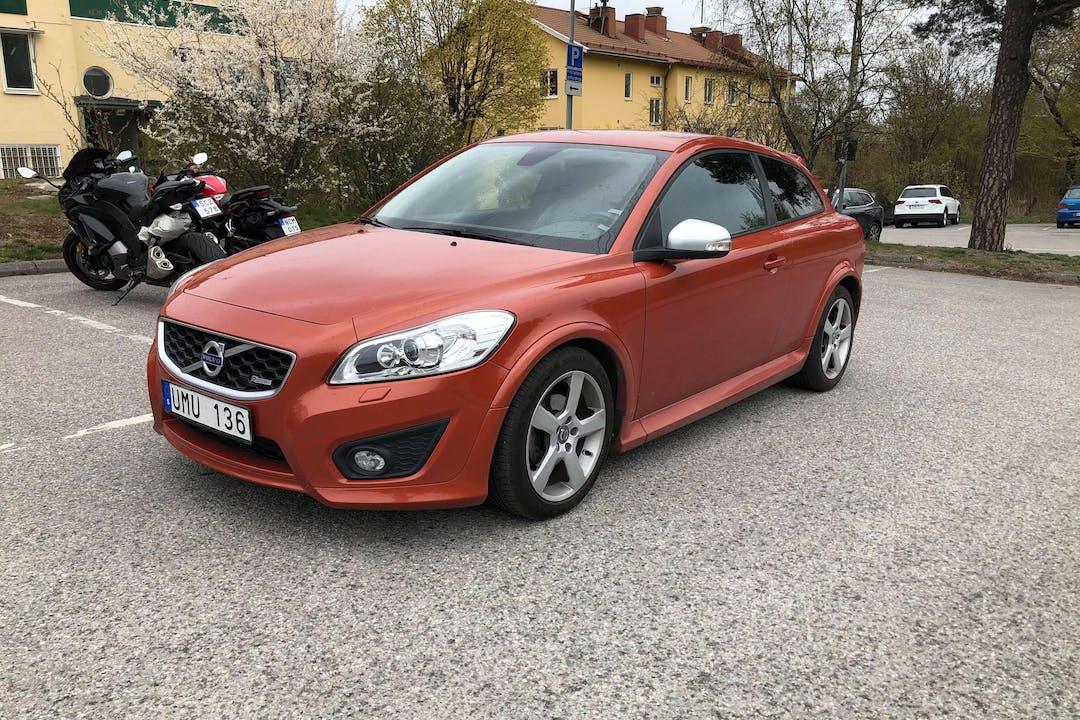 Billig biluthyrning av Volvo C30 med Isofix i närheten av 177 51 Jakobsberg Östra.