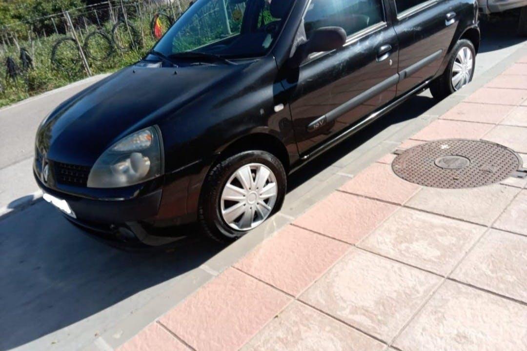 Alquiler barato de Renault Clio cerca de 29788 Frigiliana.