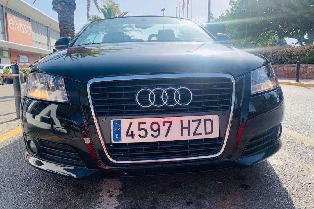 Alquiler barato de Audi A3 con equipamiento Bluetooth cerca de 07800 Eivissa.
