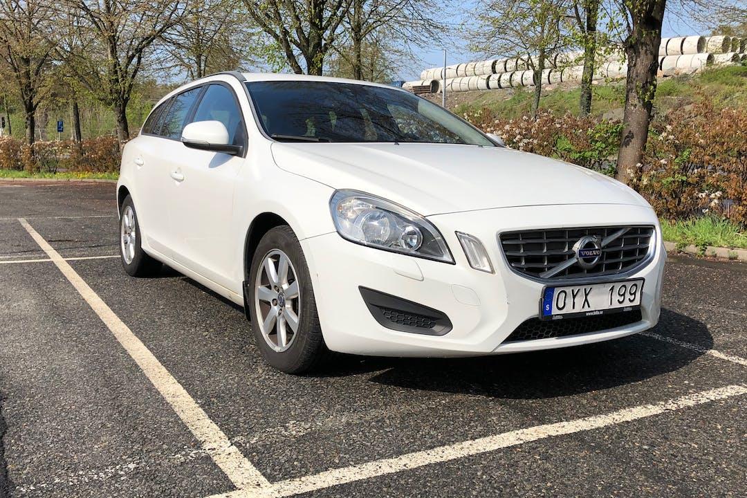 Billig biluthyrning av Volvo V60 med Dragkrok i närheten av 417 63 Sannegården.