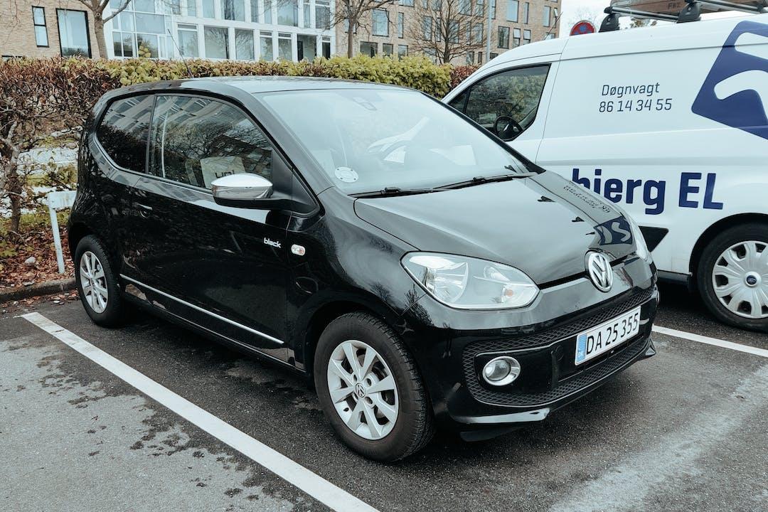 Billig billeje af Volkswagen UP! med GPS nær 8240 Risskov.