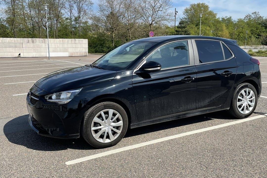 Billig billeje af Opel Corsa med GPS nær 1310 København.