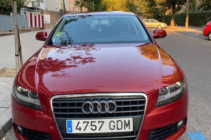 Alquiler barato de Audi A4 con equipamiento GPS cerca de  Madrid.