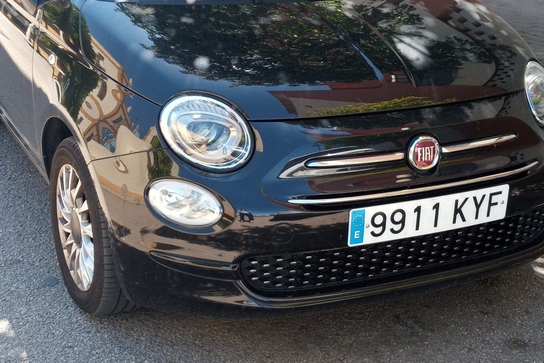 Alquiler barato de Fiat 500 cerca de 41014 Sevilla.