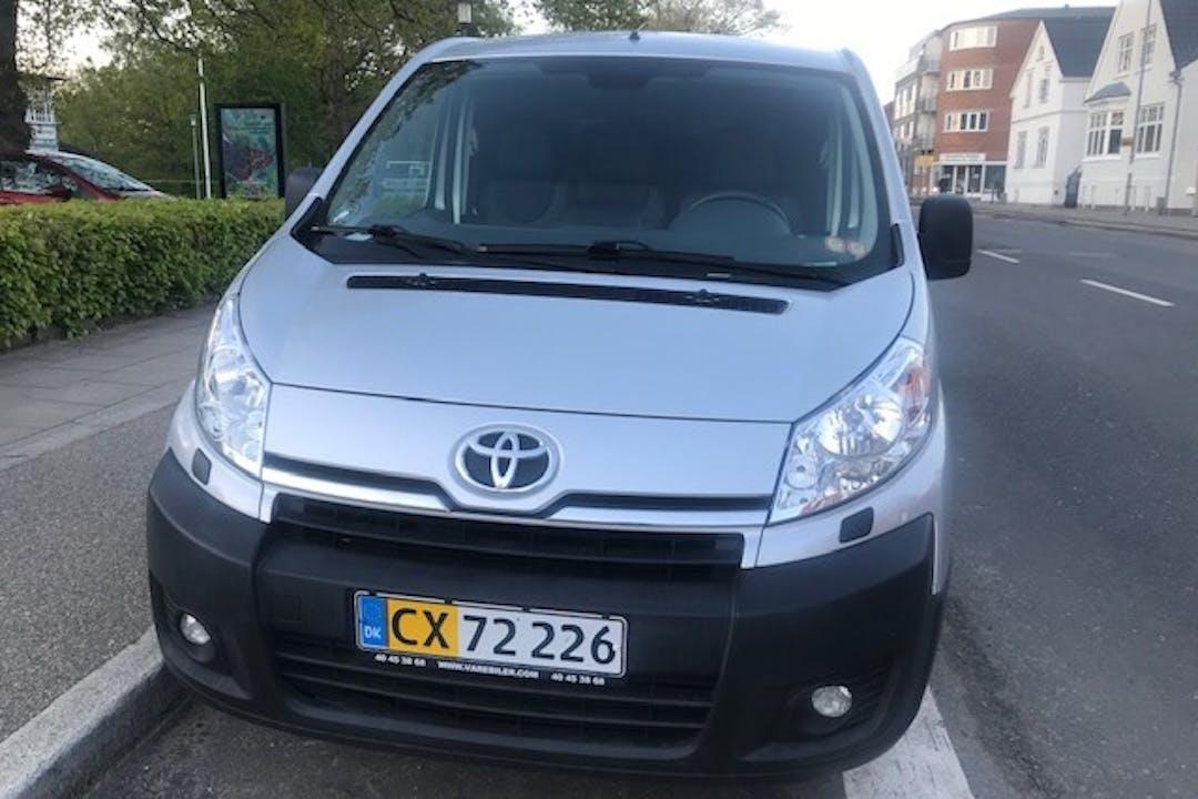 Billig billeje af Toyota ProAce nær 8600 Silkeborg.