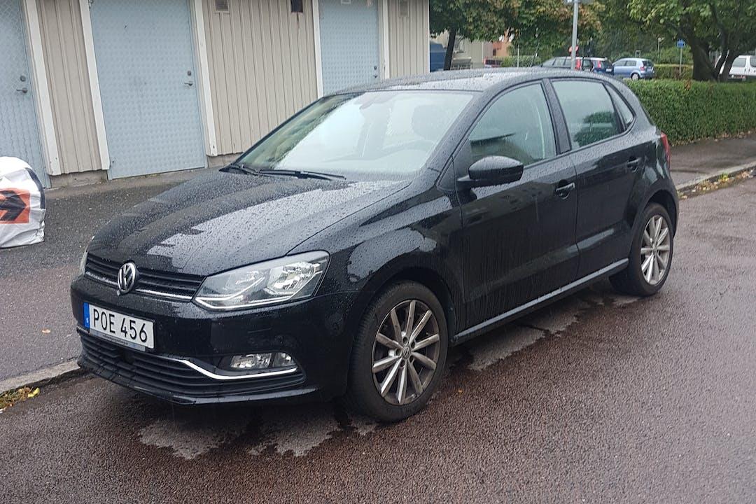 Billig biluthyrning av Volkswagen Polo i närheten av 422 59 Backa.