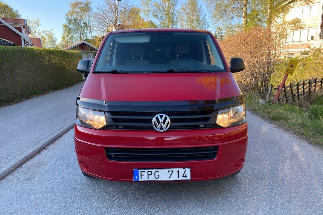 Billig biluthyrning av Volkswagen Transporter i närheten av 196 34 .