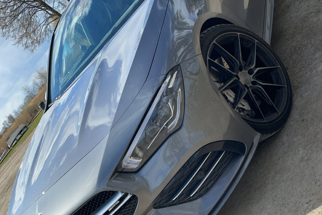 Billig biluthyrning av Mercedes CLA med GPS i närheten av 124 63 Enskede-Årsta-Vantör.