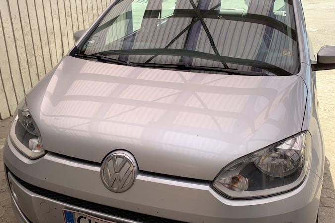 Billig billeje af Volkswagen UP! med GPS nær 2300 København.