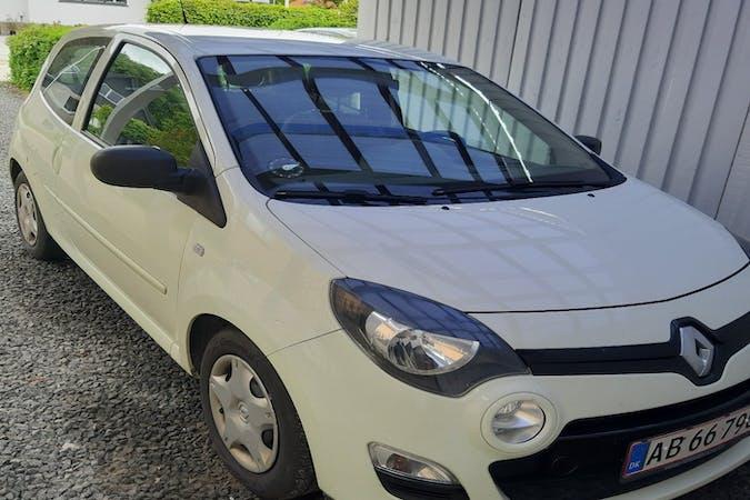 Billig billeje af Renault Twingo nær 4690 Haslev.