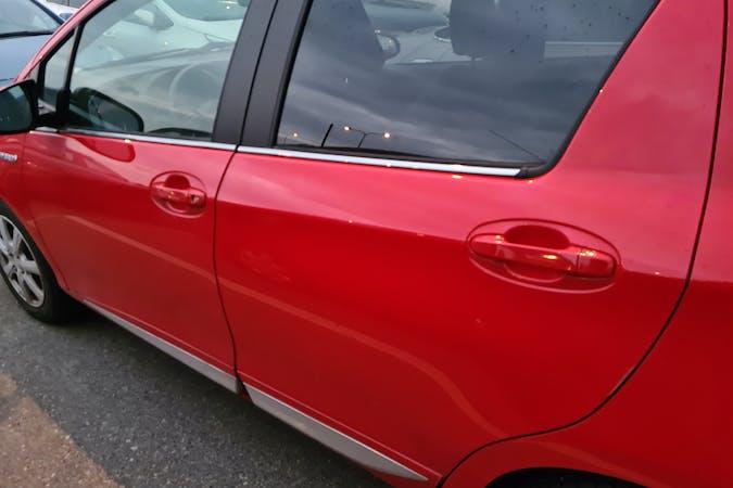 Billig biluthyrning av Toyota Yaris i närheten av 426 76 Älvsborg.