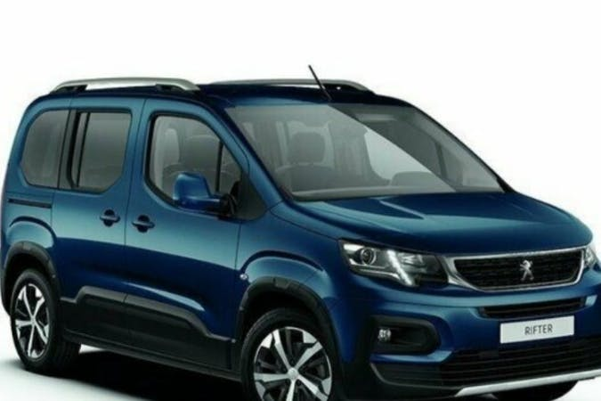 Billig biluthyrning av Peugeot Rifter i närheten av 133 37 .