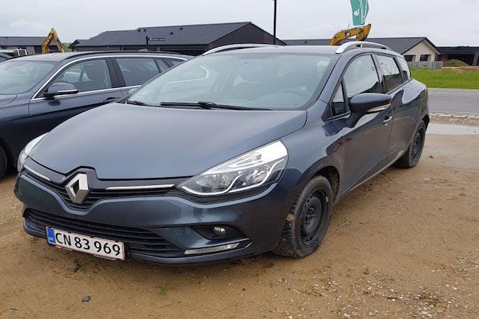 Billig billeje af Renault Clio med GPS nær 7120 Vejle.
