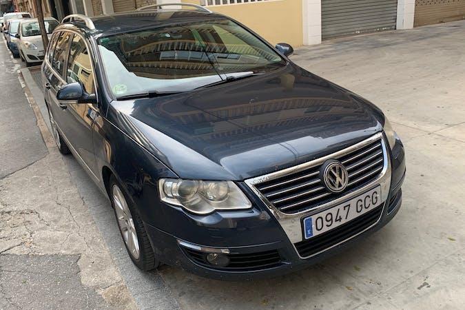Alquiler barato de Volkswagen Passat con equipamiento GPS cerca de 03004 Alicante (Alacant).