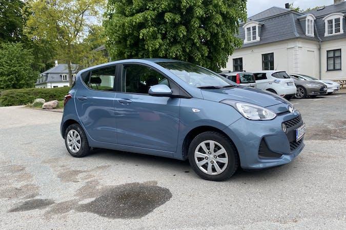 Billig billeje af Hyundai i10 med Bluetooth nær 2920 Charlottenlund.