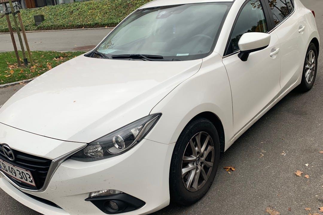Billig billeje af Mazda 3 nær 8260 Viby.
