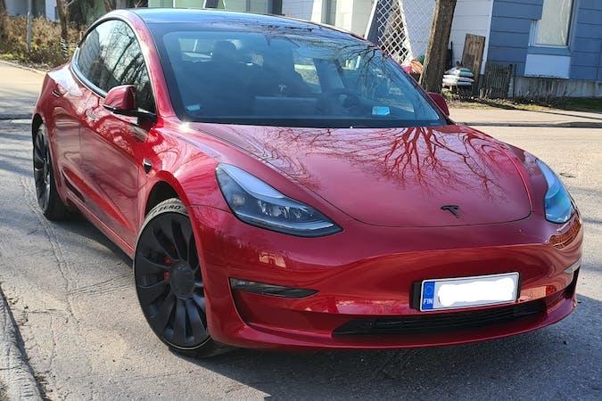 Tesla Model 3n halpa vuokraus GPSn kanssa lähellä 00350 Helsinki.