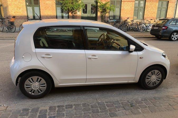 Billig billeje af Volkswagen UP! med GPS nær 2200 København.