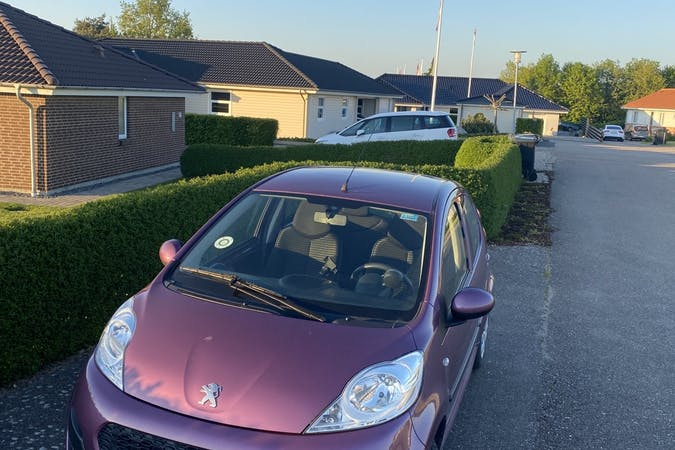Billig billeje af Peugeot 107 nær 2800 Kongens Lyngby.