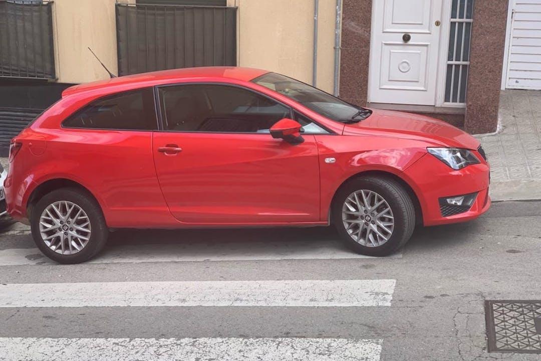 Alquiler barato de Seat Ibiza con equipamiento GPS cerca de 08206 Sabadell.