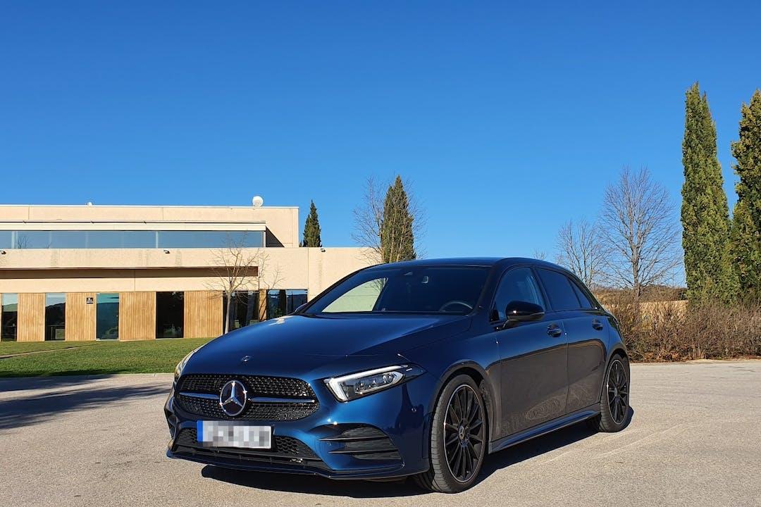 Alquiler barato de Mercedes A-Class con equipamiento GPS cerca de 08390 .