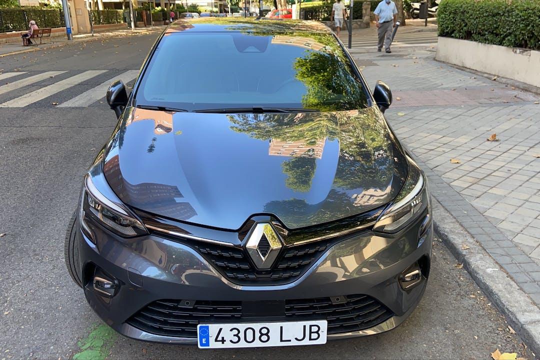 Alquiler barato de Renault Clio cerca de 28003 Madrid.