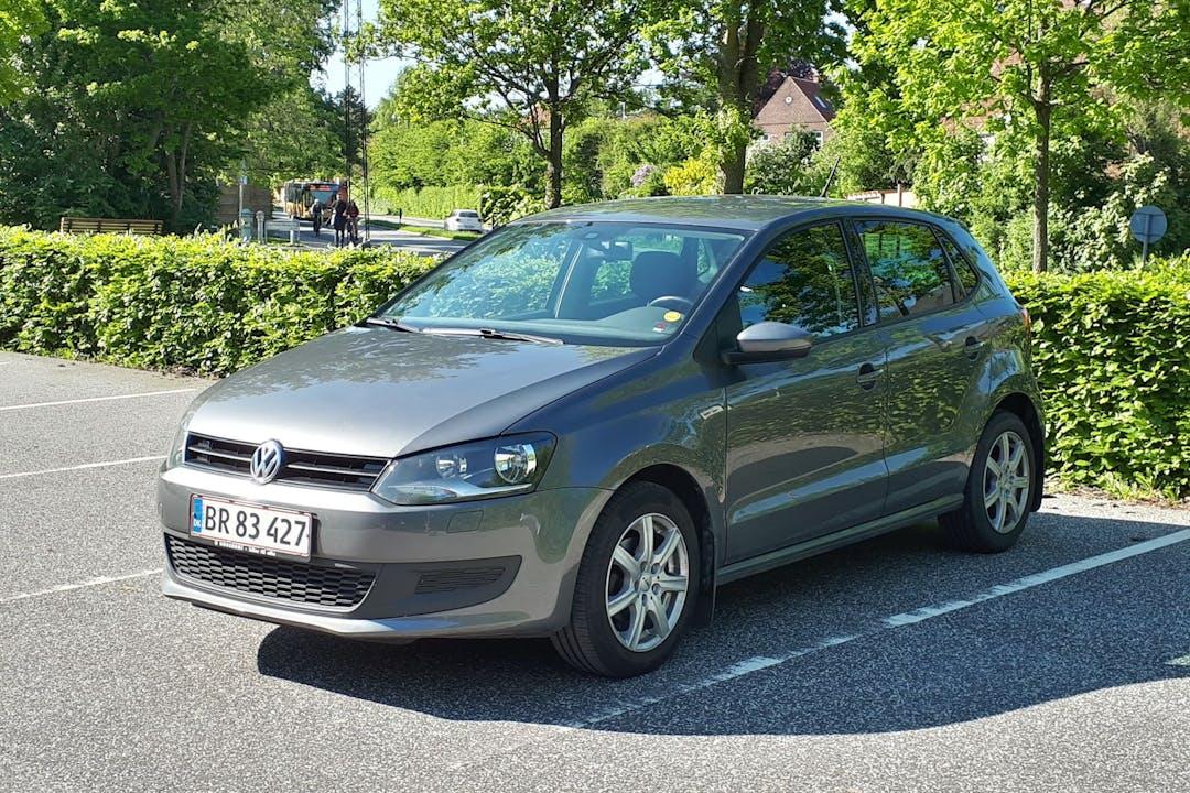 Billig billeje af Volkswagen Polo med GPS nær 8200 Aarhus.