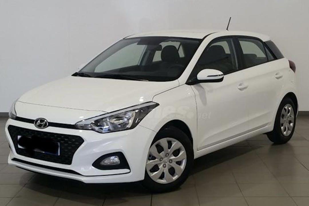 Alquiler barato de Hyundai i20 cerca de 30011 Murcia.